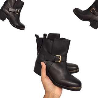 Stradivarius Boot Size 36
