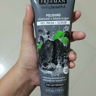 Freeman mask charcoal + black sugar dan pomegranate