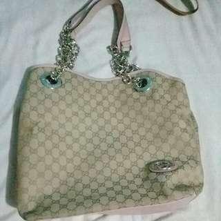 GUCCI bag - class A