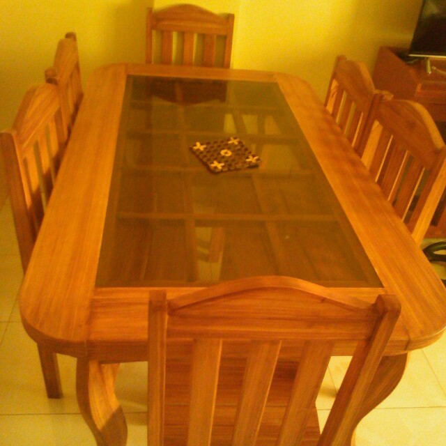 6 seater dining table (top glass) d2900e8e5c