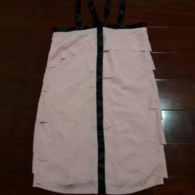 粉紅色性感洋裝