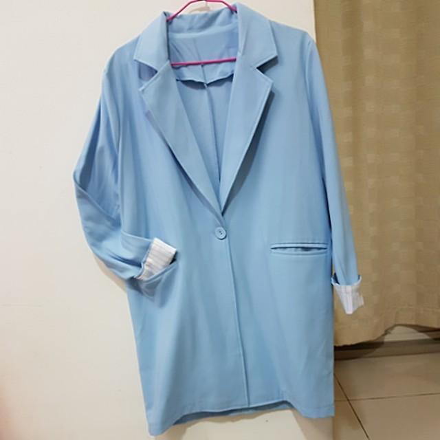水藍色質感西裝外套
