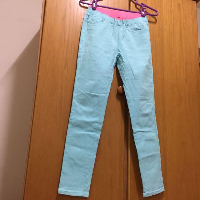 彈性粉藍窄管牛仔褲