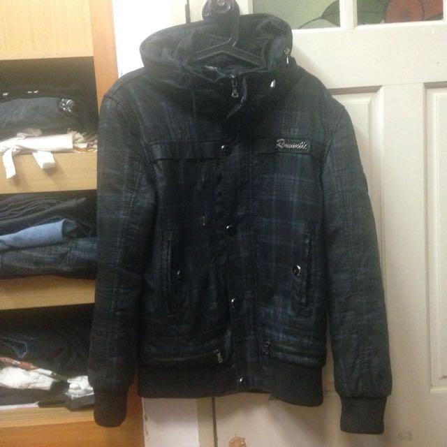 降價 格紋厚外套