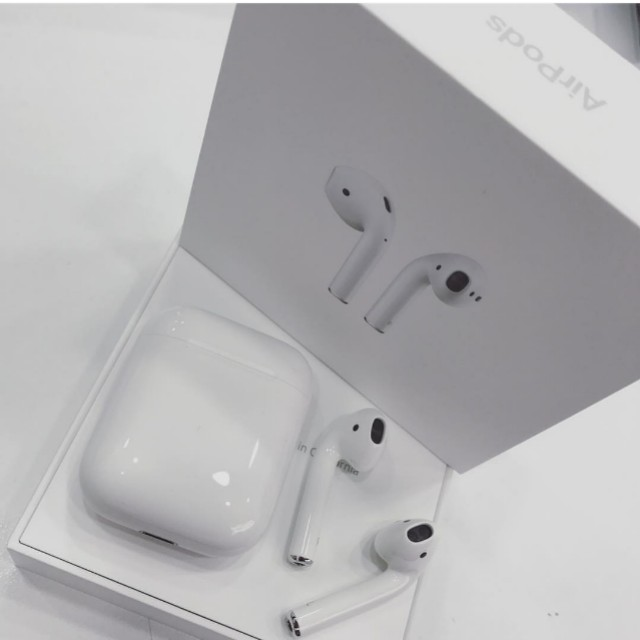 Apple AirPods 耳機 (二手)