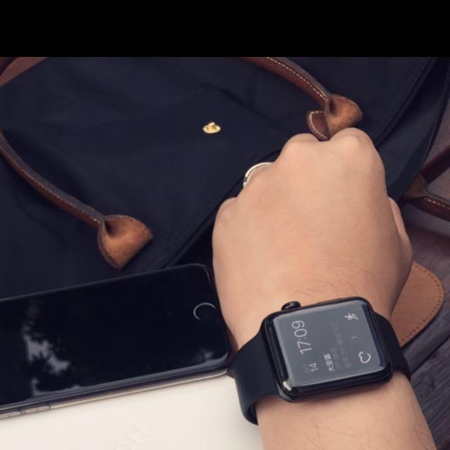 Apple Watch  series2.  42mm 不銹鋼 黑