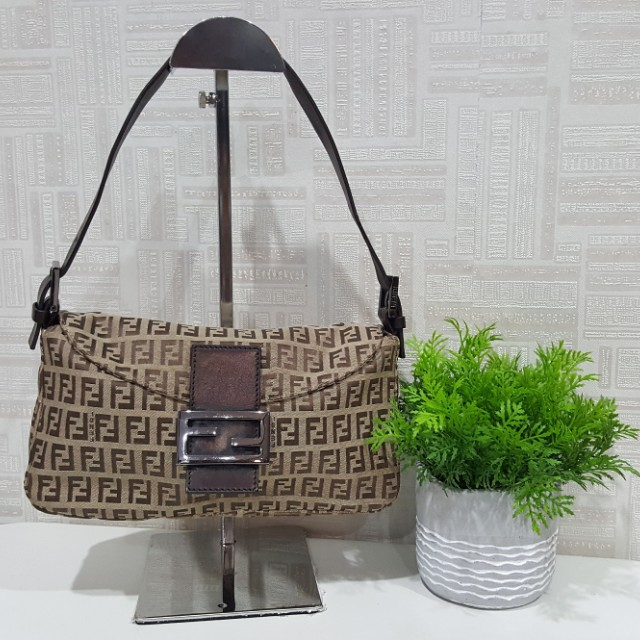 7e40bc1044a4 ... uk authentic fendi zucca ff shoulder dinner bag luxury bags wallets on  carousell c0c1b c91a2