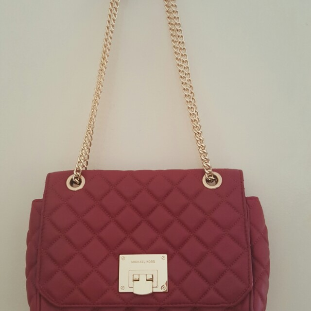 d0b9a1c5ee13 Authentic Michael Kors Vivianne Shoulder Flap in Cherry, Women's Fashion,  Bags & Wallets on Carousell