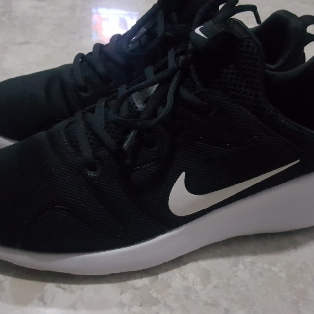 best service 39cde 1d4d0 ... uk authentic nike kaishi run 2 mens fashion footwear on carousell 01aed  0994b