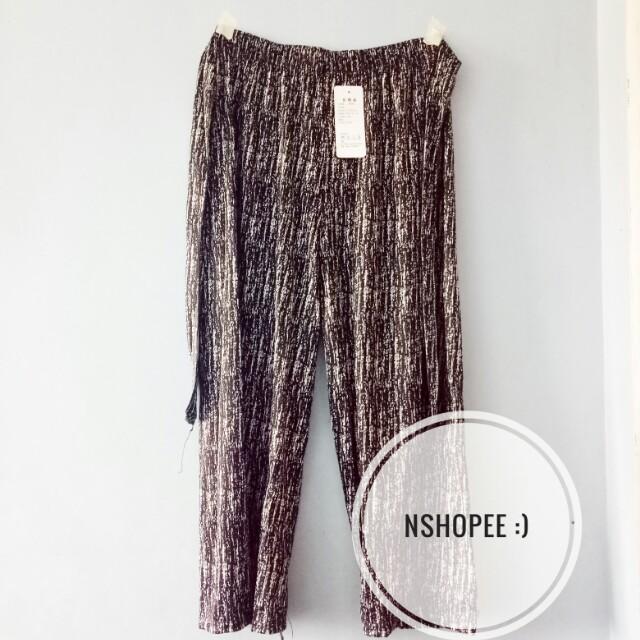 Basic square pants
