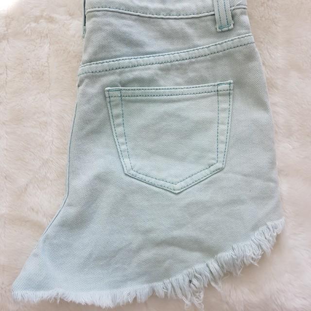 Billions & Trillons - Light Blue Lace Denim Shorts - Size M (8/10)