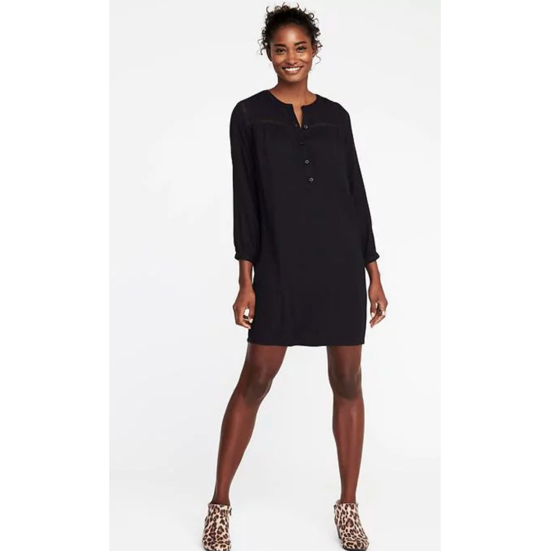 923e92341a7 BNWT Old Navy Crochet-Lace-Trim Shift Dress