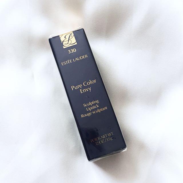 Brand new Estée Lauder Lipstick