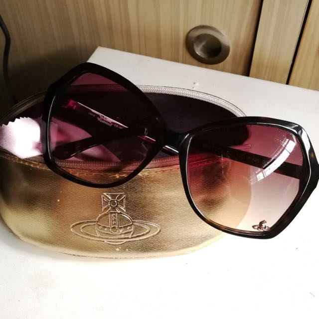 2854d01c5b62 Brand new Vivienne Westwood sunglasses, Luxury, Accessories on Carousell