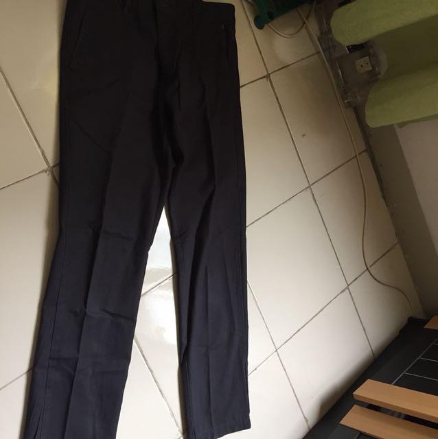 Celana katun ukuran 32
