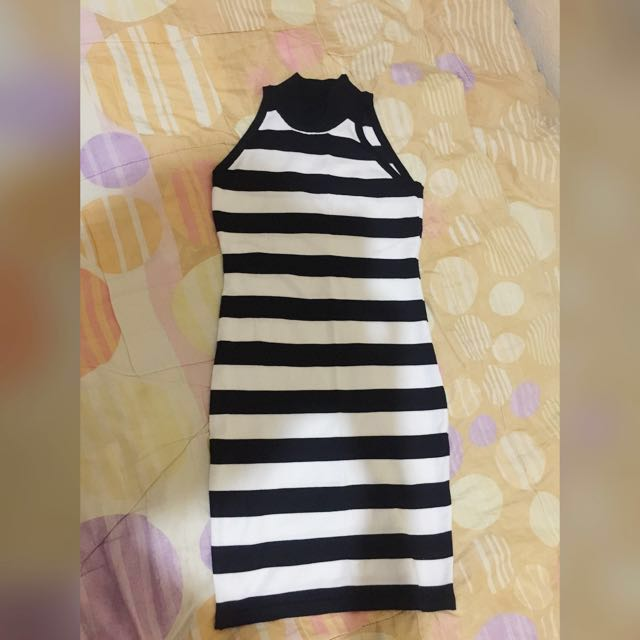 dress knit black and white