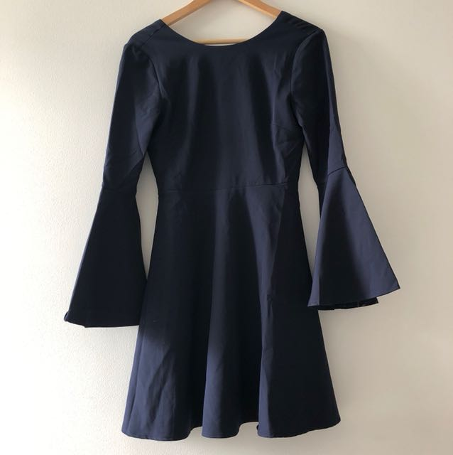 Flutter sleeve navy dress