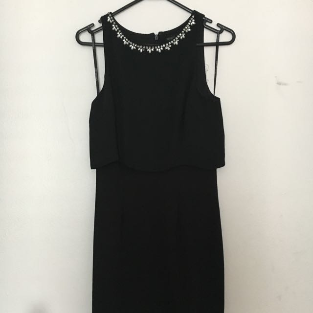 Forever new LBD size 6