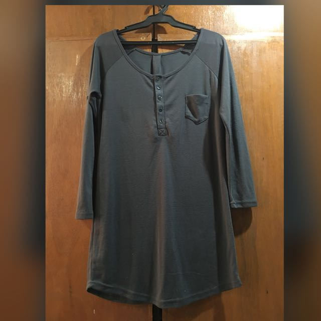 Grey Long Sleeve Top / Pullover (Plus Size)