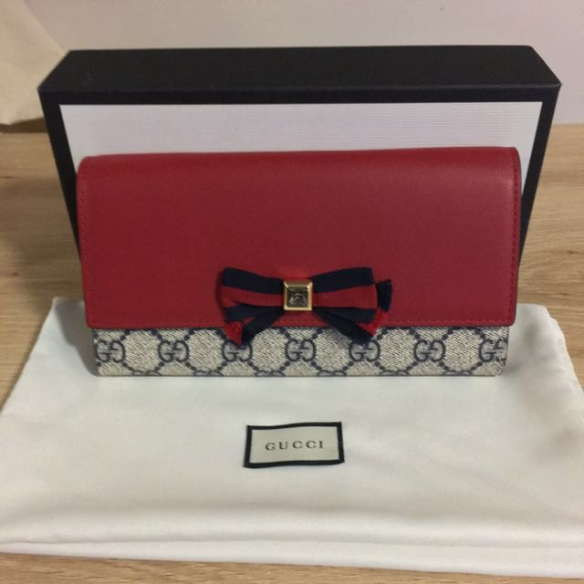 Gucci Crystal Bow Wallet