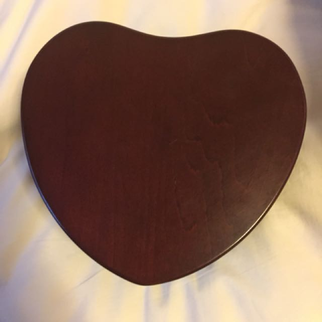 Heart shape wood jewelry box