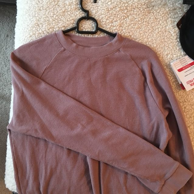 H&M purply/pink long sleeve (with higher neck line)