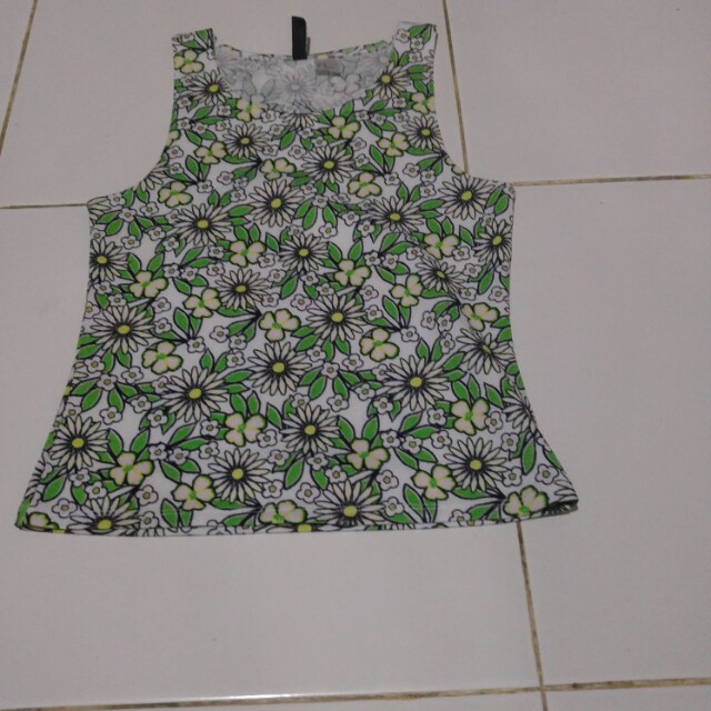 H&M tank top green flower