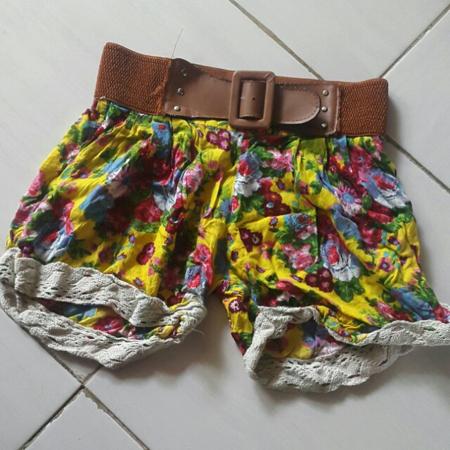 Hot Pants Flower