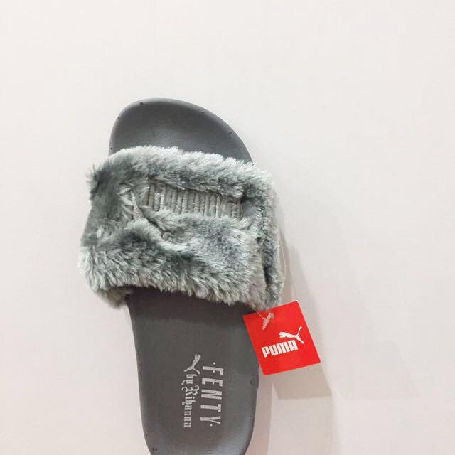 competitive price 2f8a9 6d598 *Instocks* Rihanna Fenty X Puma Fur Slides