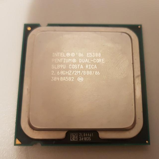 Intel Pentium E5300 dual core 2.6Ghz/2M/800 cpu