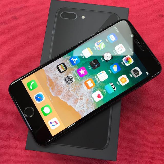iPhone8 plus 64黑
