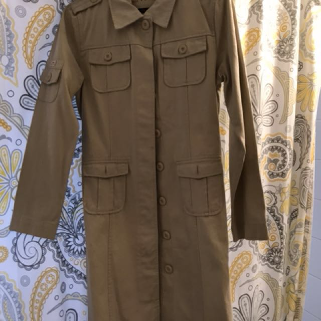 Ladies Tommy Hilfiger trench coat.