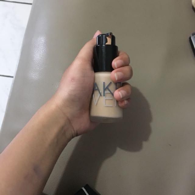 Makeover ultra foundi