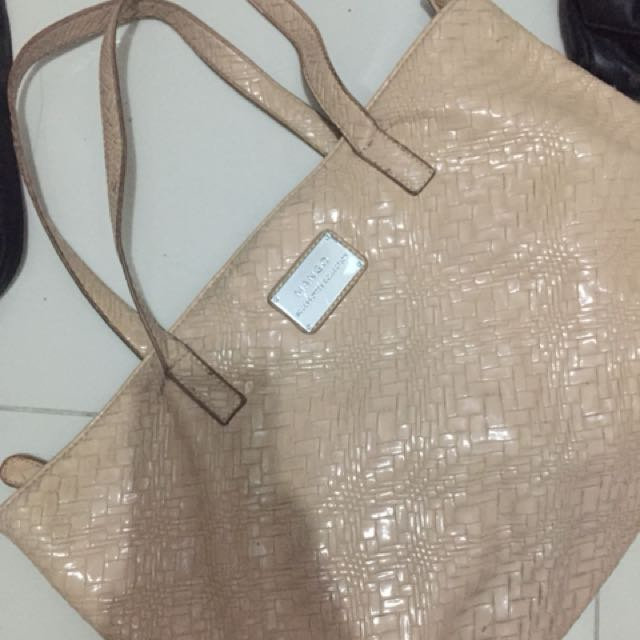 Mango Shoulder bag (Class A)