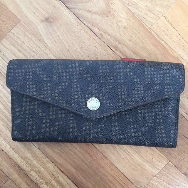 Michael Korrs purse