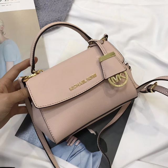 cca6d3aac63dd 💯 Authentic Michael Kors MK Ava Mini ( Extra Small ) Saffiano ...