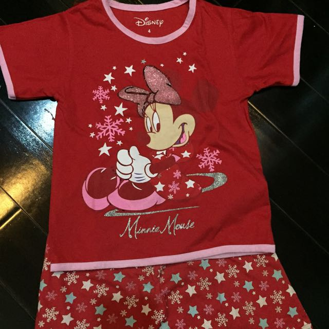 Minnie Mouse Setelan Kaos Size 4