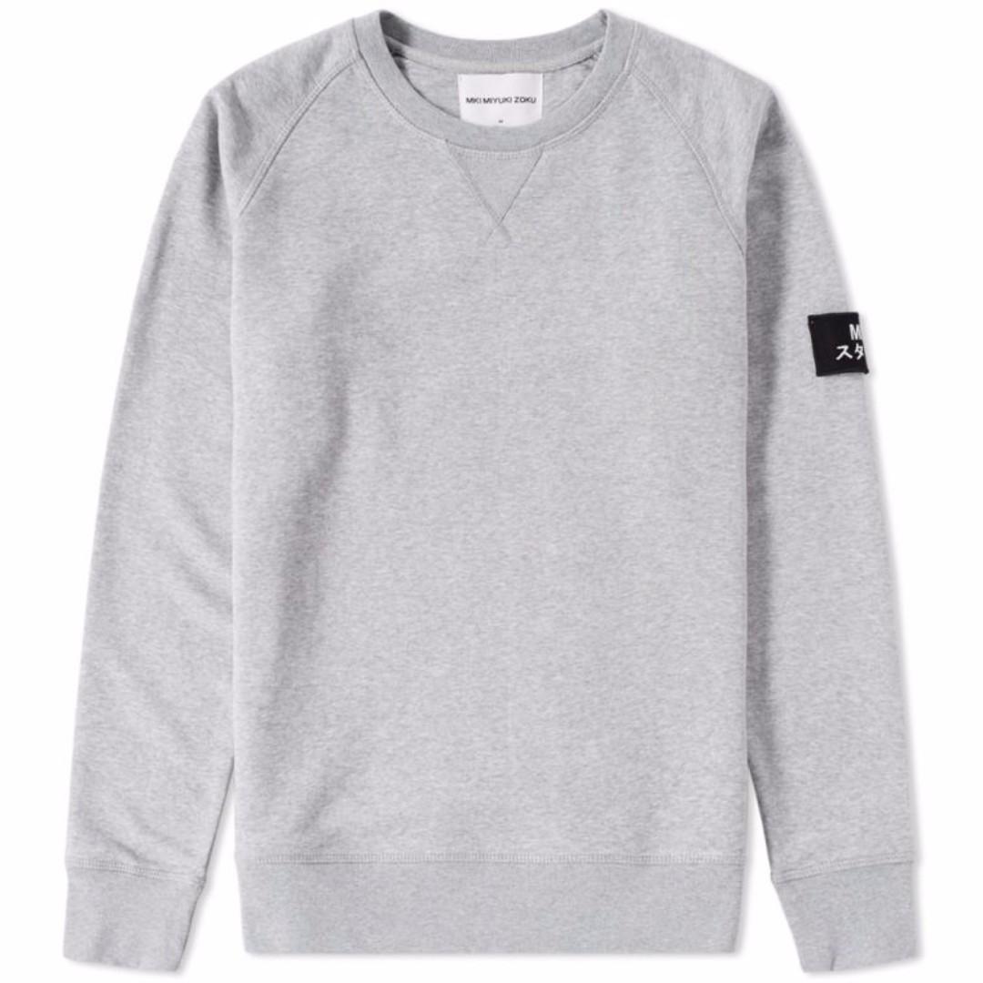 MKI ARM BADGE SWEAT 英國 MKI Badge 灰色長袖 運動衫 衛衣