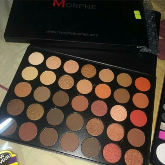 Morphe 35O Eyeshadow Palette!