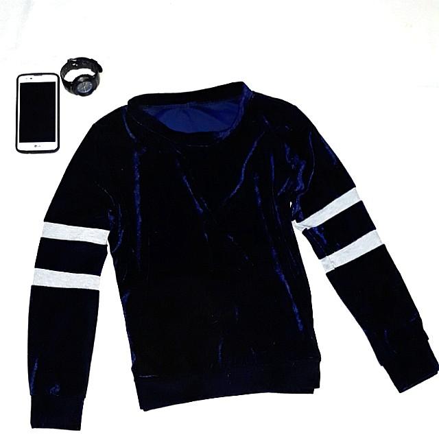 Navy blue velvet suede pullover