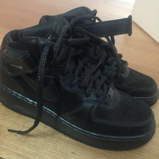 Nike Black glitter airforce 1