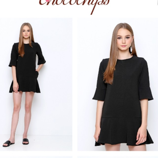 noele black simple dress by chocochips boutique