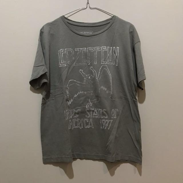 PULL & BEAR - Led Zeppelin band tshirt
