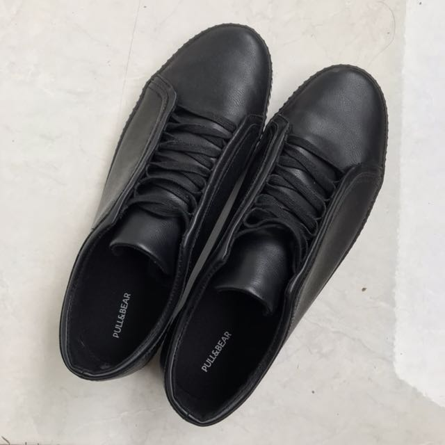 PULL & BEAR BLACK FORMAL SHOES