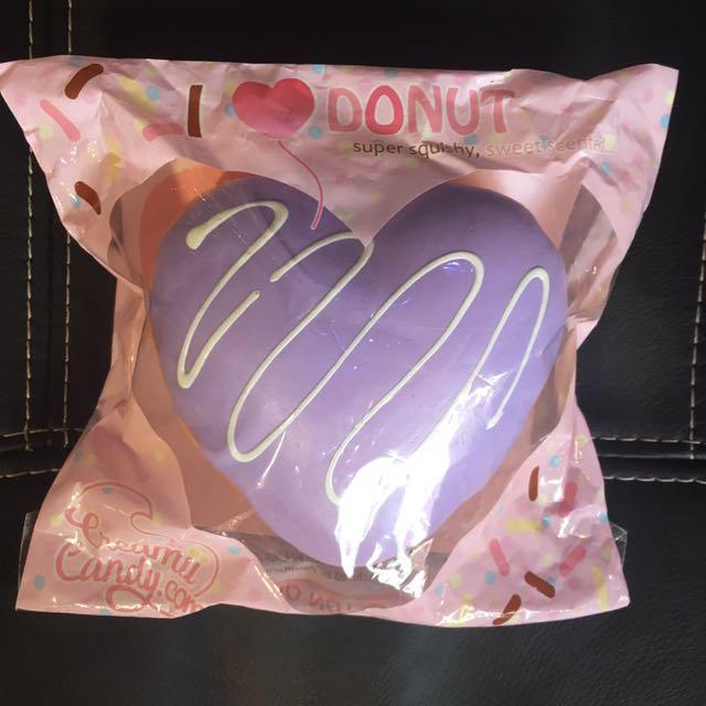 Rare purple yummibear heart donut squishy