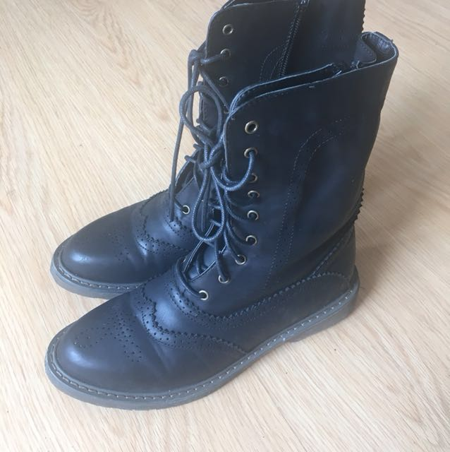 S&H boots size 6