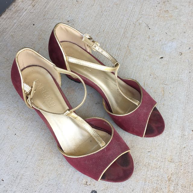 Size 5 Maroon Shoes