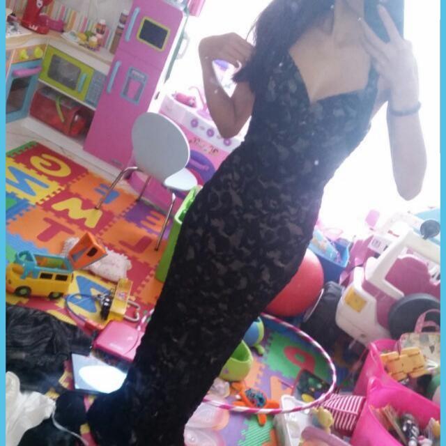 Size 6 black formal dress