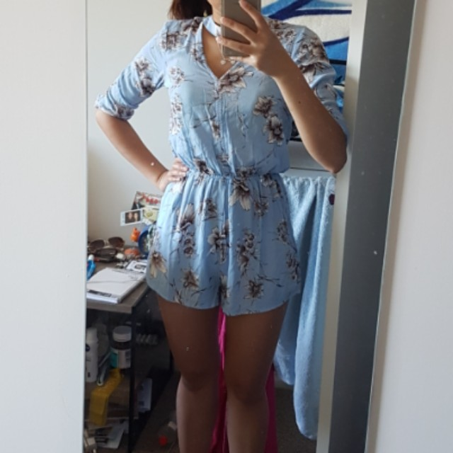 Size 6 brand new playsuit