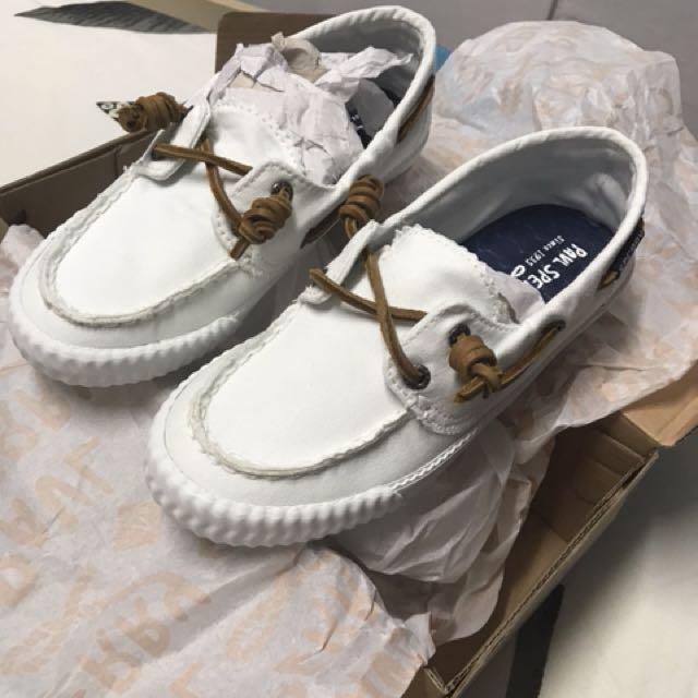 sperry canvas deck shoes